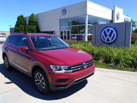 Cardinal Red Metallic 2020 Volkswagen Tiguan SE 4MOTION