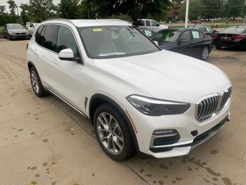 Mineral White Metallic 2021 BMW X5 xDrive40i