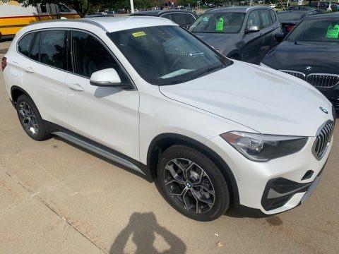 Mineral White Metallic 2021 BMW X1 xDrive28i