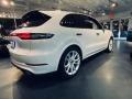 Porsche Cayenne Turbo Carrara White Metallic photo #12
