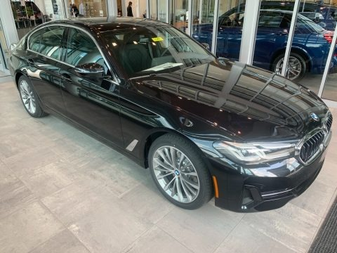 Black Sapphire Metallic 2021 BMW 5 Series 530i xDrive Sedan