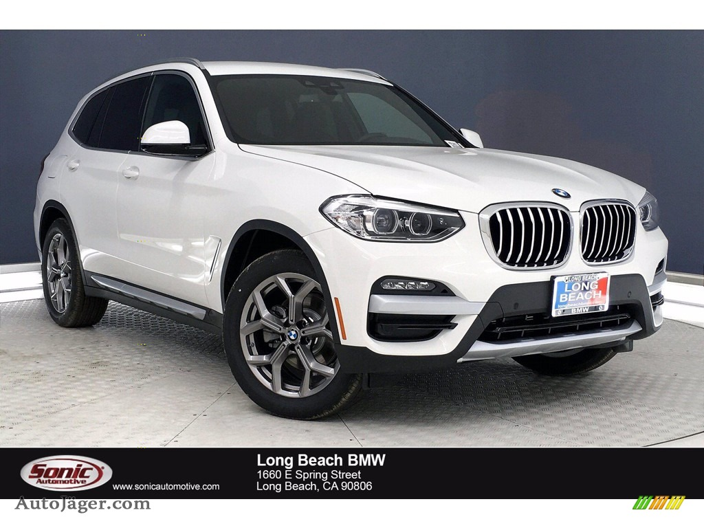 Alpine White / Black BMW X3 xDrive30i