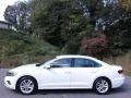Volkswagen Passat SE Pure White photo #1
