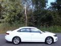 Volkswagen Passat SE Pure White photo #6