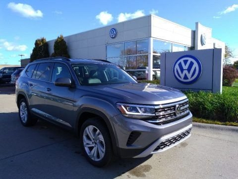 Platinum Gray Metallic 2021 Volkswagen Atlas SE 4Motion