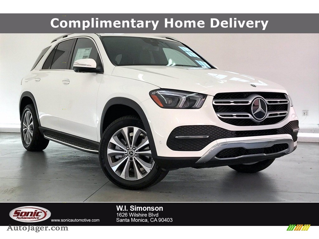 Polar White / Black Mercedes-Benz GLE 350