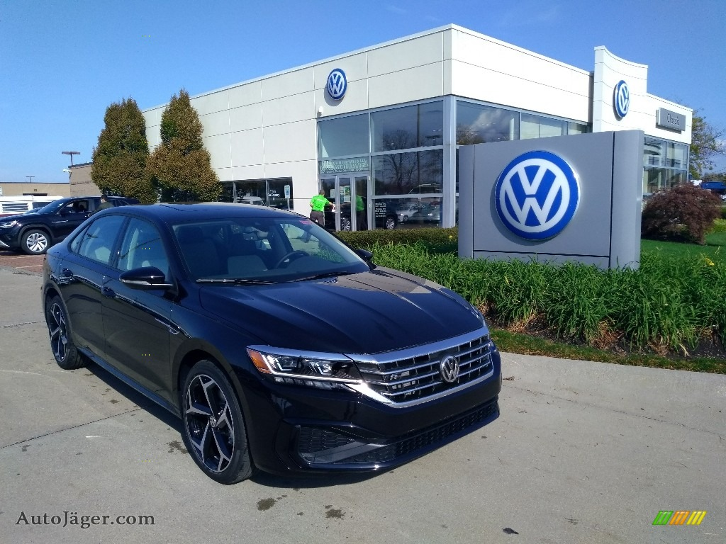 2020 Passat R-Line - Deep Black Pearl / Shetland/Black photo #1