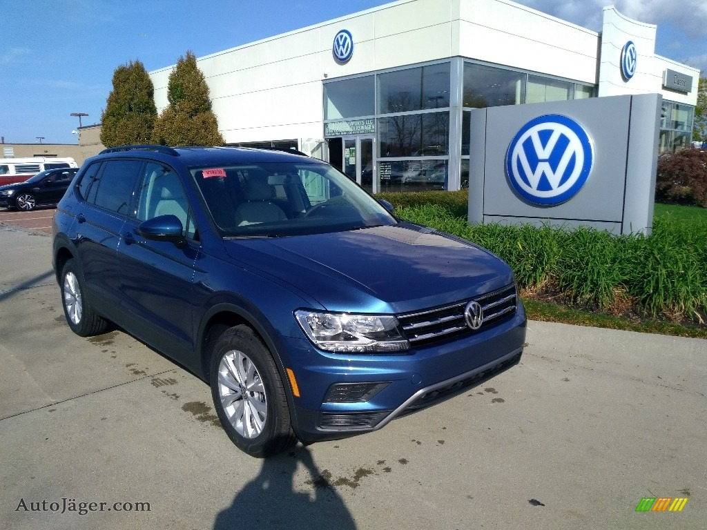 2020 Tiguan S 4MOTION - Blue Silk Metallic / Storm Gray photo #1