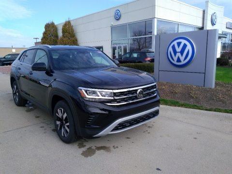 Deep Black Pearl 2021 Volkswagen Atlas Cross Sport SE 4Motion