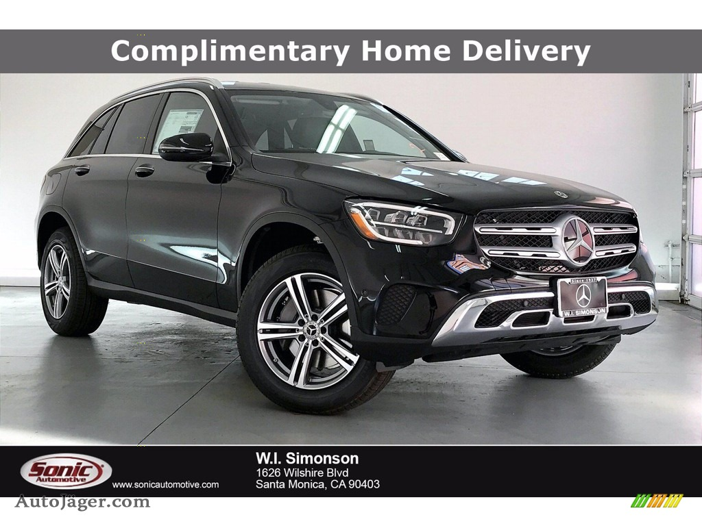 2021 GLC 300 - Black / Black photo #1