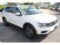 Volkswagen Tiguan SE Pure White photo #2