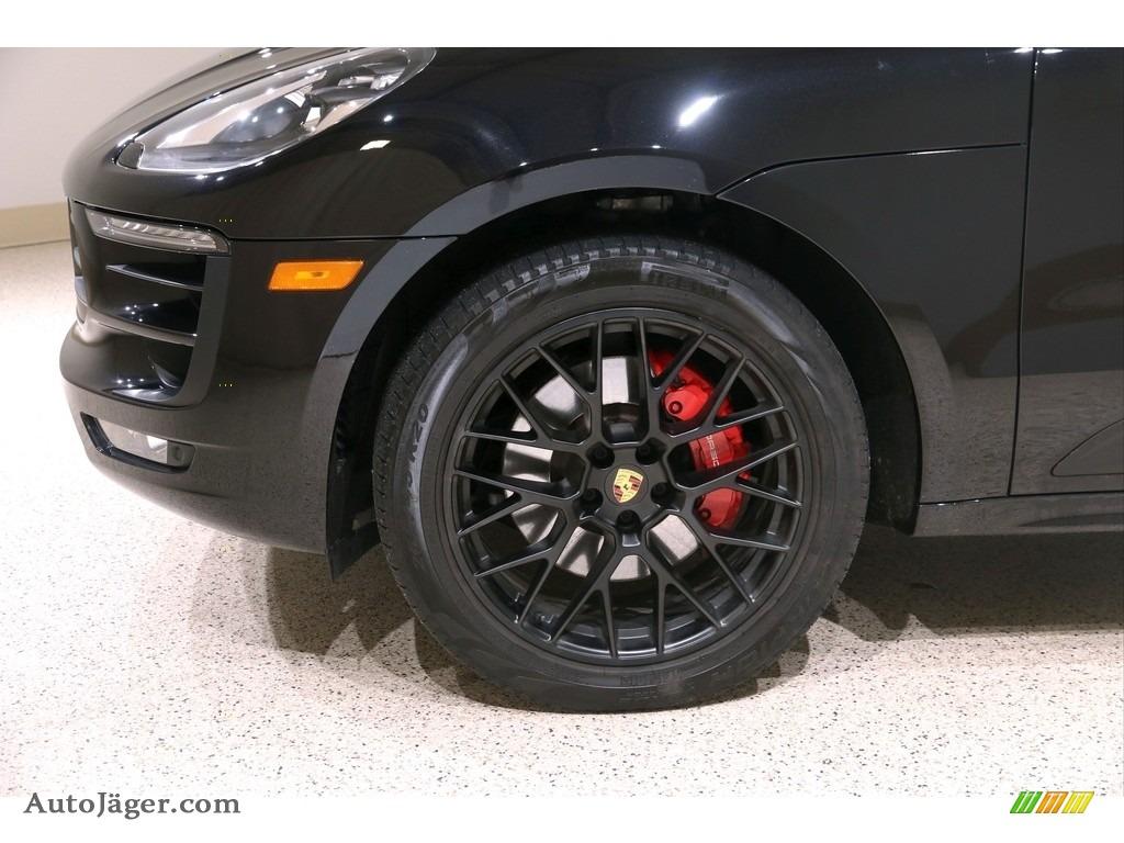2018 Macan GTS - Black / Black/Garnet Red photo #47