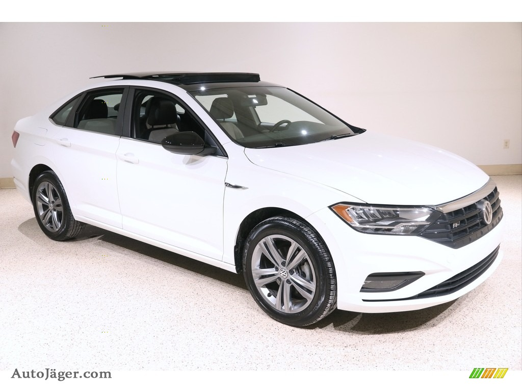 2019 Jetta SE - Pure White / Titan Black/Storm Gray photo #1