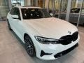BMW 3 Series 330i xDrive Sedan Alpine White photo #1
