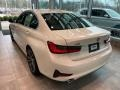 BMW 3 Series 330i xDrive Sedan Alpine White photo #2