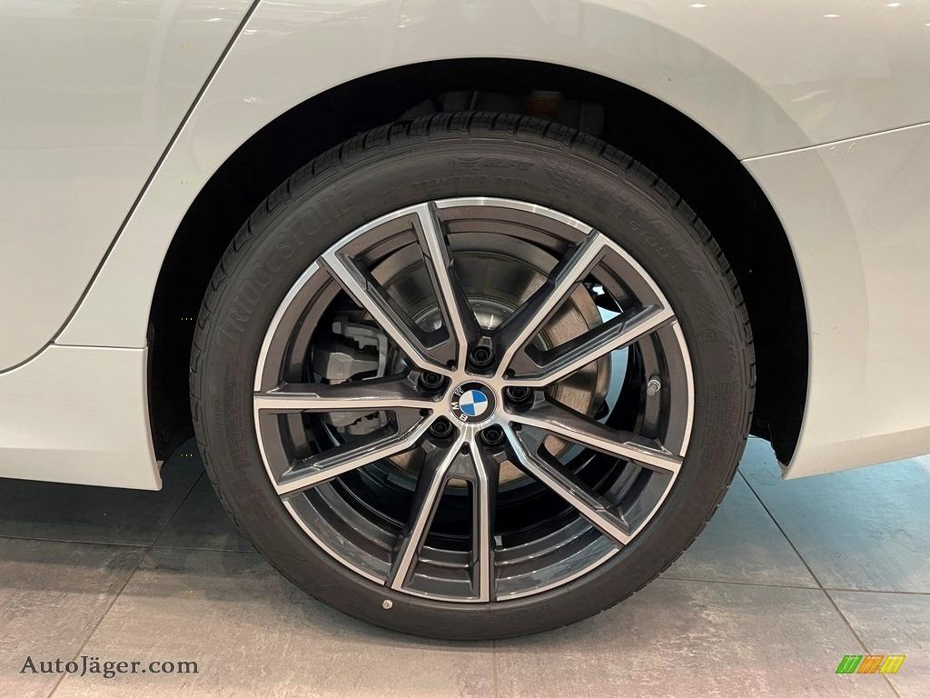 2021 3 Series 330i xDrive Sedan - Alpine White / Black photo #5