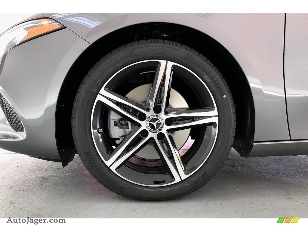 2021 A 220 Sedan - Mountain Grey Metallic / Black photo #10