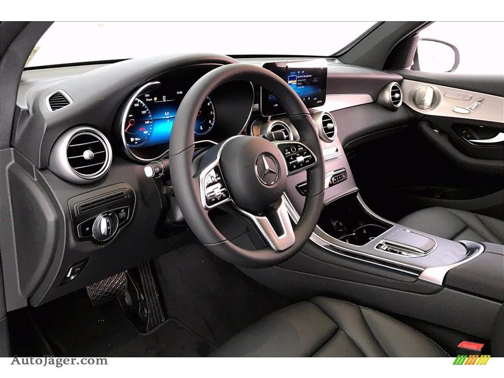 2021 GLC 300 4Matic Coupe - Cirrus Silver Metallic / Black photo #4