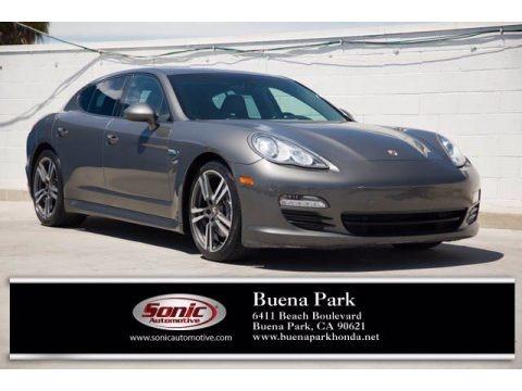 Agate Grey Metallic 2013 Porsche Panamera 4