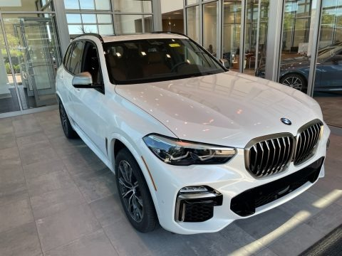 Mineral White Metallic 2021 BMW X5 M50i