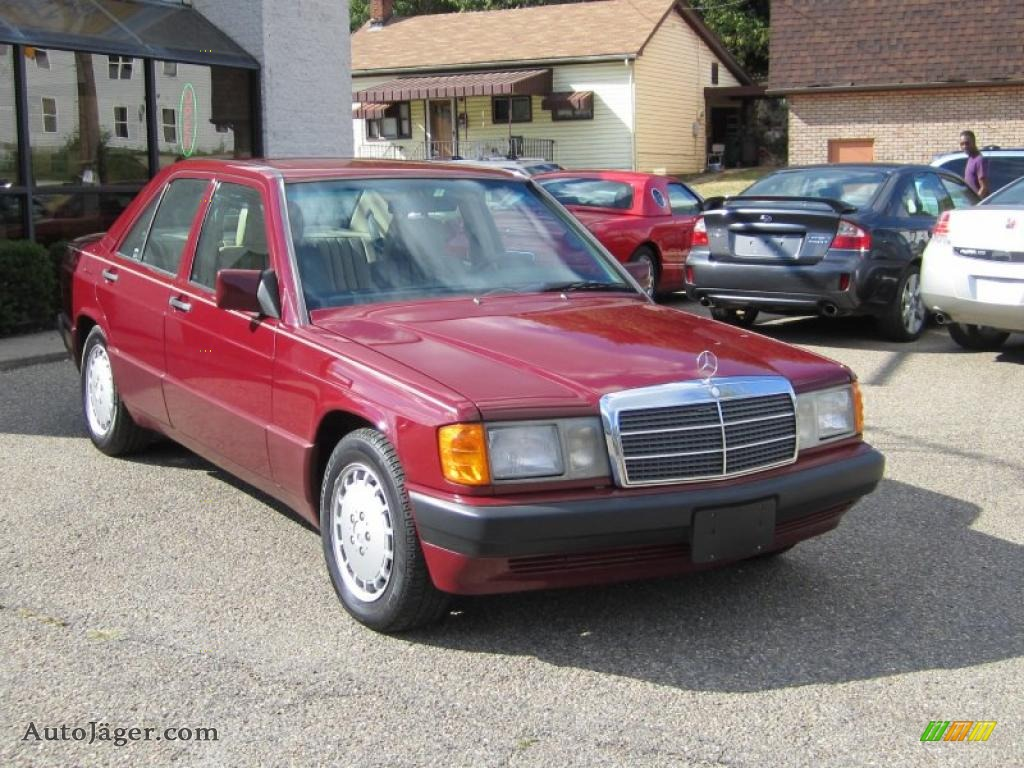 1993 mercedes benz 190 class 190e 2 6 in garnet red for 1993 mercedes benz 190e 2 6