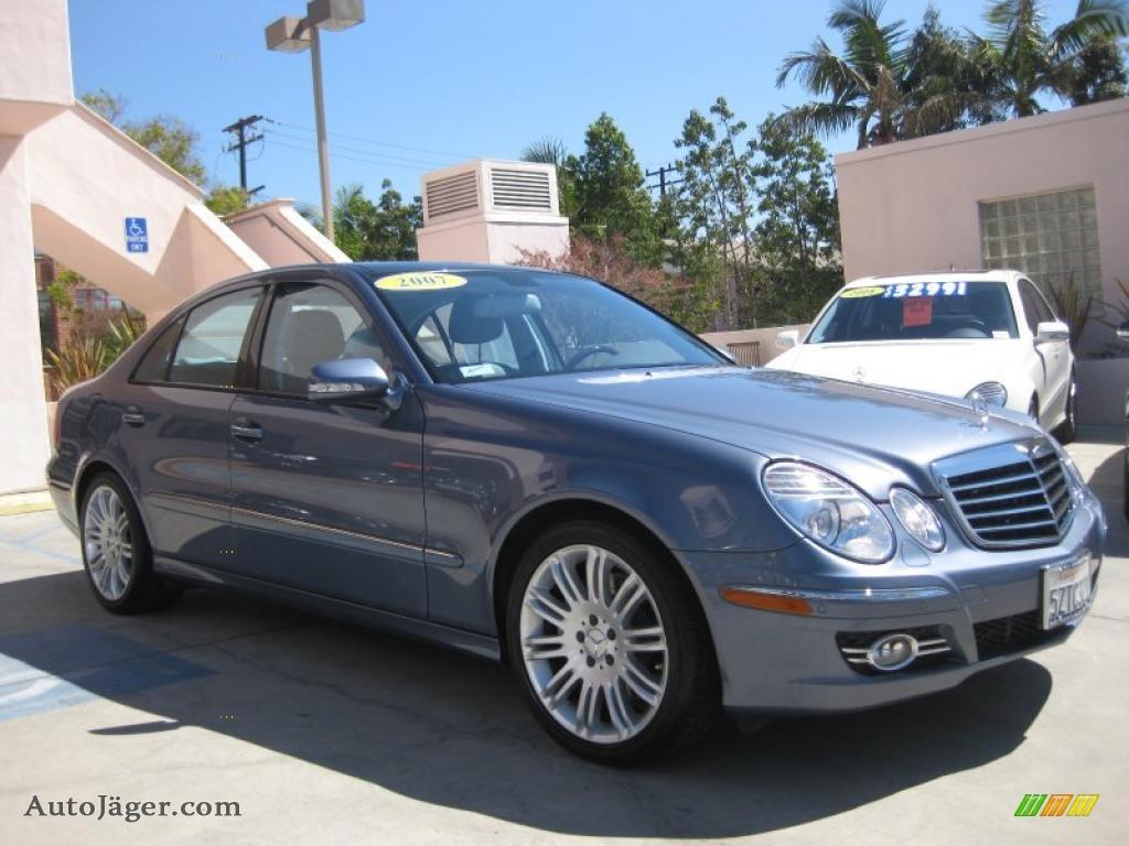 2007 mercedes benz e 550 sedan in platinum blue metallic for Platinum mercedes benz