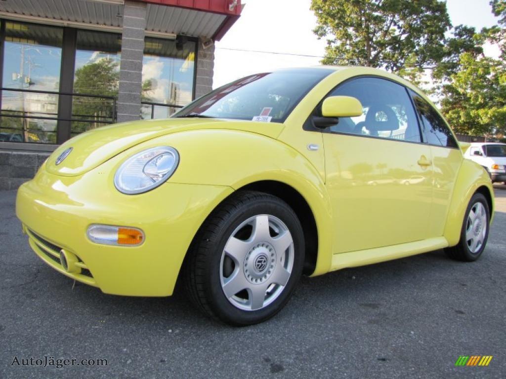 2000 volkswagen new beetle gls coupe in yellow 473054. Black Bedroom Furniture Sets. Home Design Ideas