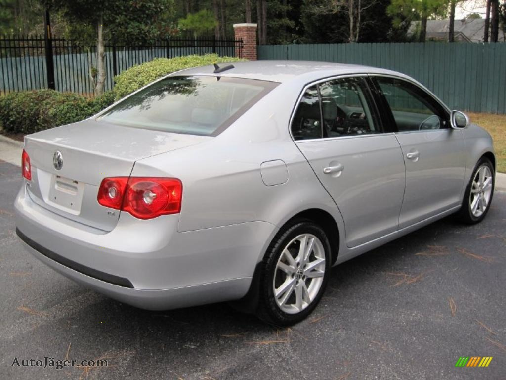 volkswagen jetta tdi sedan  reflex silver metallic photo   auto jaeger
