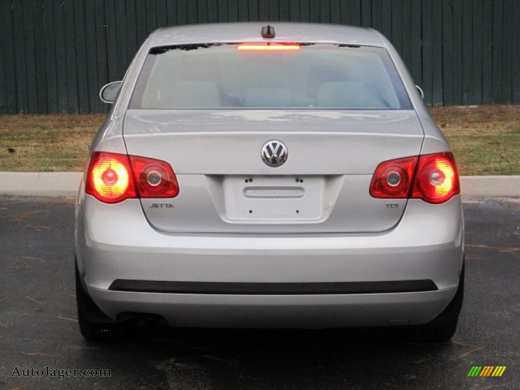 2006 volkswagen jetta tdi sedan in reflex silver metallic photo 16 699144 auto j ger. Black Bedroom Furniture Sets. Home Design Ideas