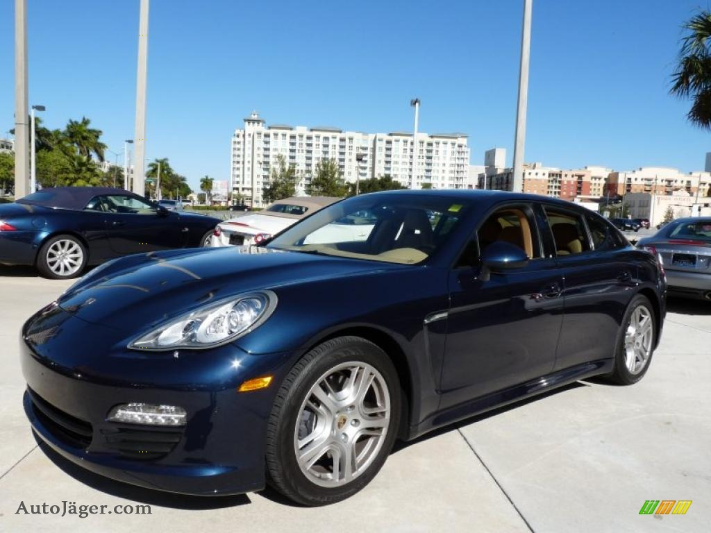 2011 Porsche Panamera V6 In Dark Blue Metallic 014278