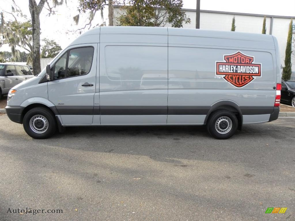 Mercedes benz sprinter conversion vans for sale for Mercedes benz conversion van