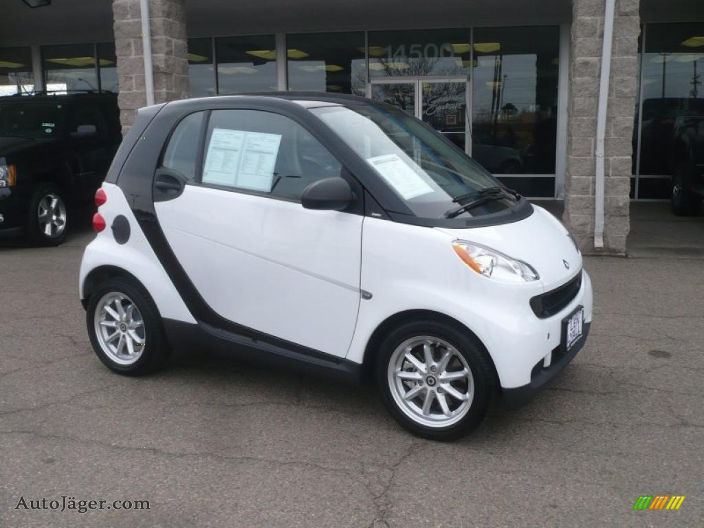 2010 Smart Fortwo Passion Coupe In Crystal White 348599