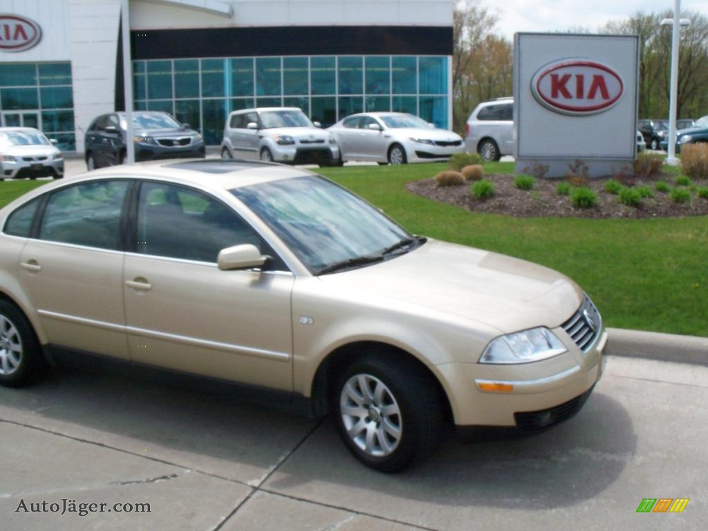 VW vw passat 2001 : 2001 Volkswagen Passat GLS V6 Sedan in Mojave Beige Metallic ...