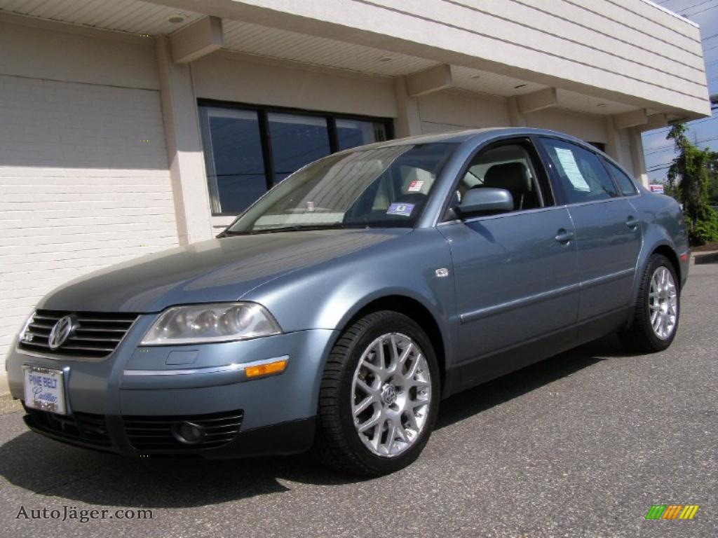 2003 volkswagen passat w8 4motion sedan in pacific blue pearl 336177 auto j ger german. Black Bedroom Furniture Sets. Home Design Ideas