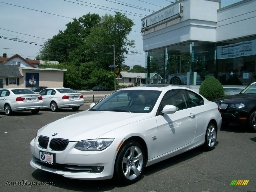 2011 bmw 3 series 328i xdrive coupe in mineral white metallic 654843 auto j ger german. Black Bedroom Furniture Sets. Home Design Ideas