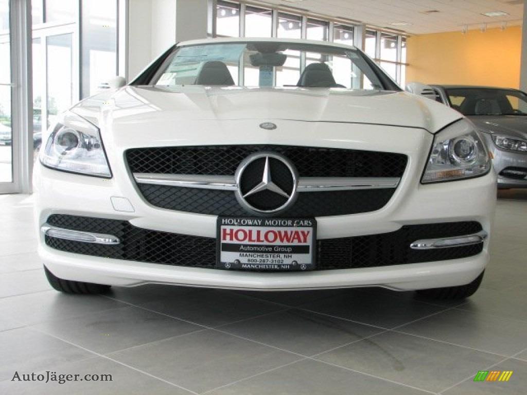 2012 mercedes benz slk 350 roadster in diamond white for Holloway motor cars manchester