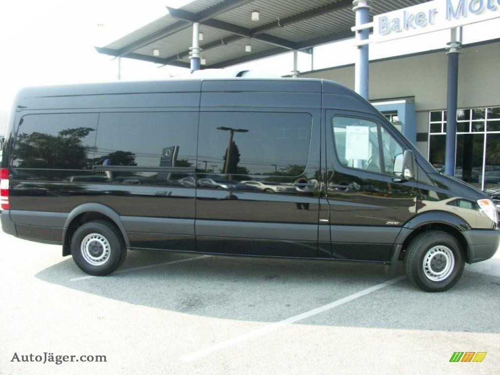 2011 mercedes benz sprinter 2500 high roof passenger van for Mercedes benz sprinter passenger van for sale
