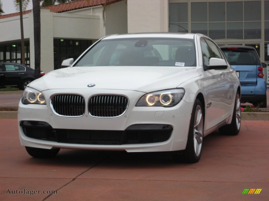 Alpine White Saddle Black BMW 7 Series 750Li Sedan