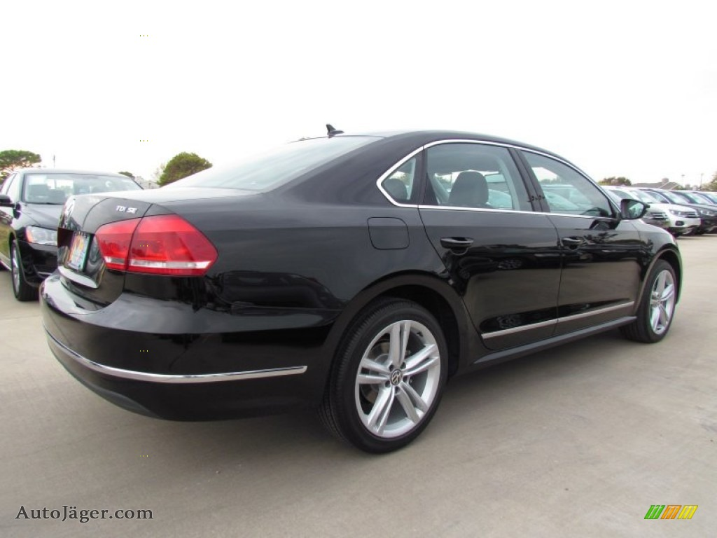 2012 volkswagen passat tdi se in black photo 2 023711 auto j ger german cars for sale in. Black Bedroom Furniture Sets. Home Design Ideas