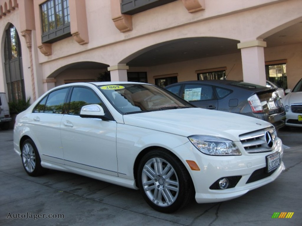 2009 mercedes benz c 300 sport in arctic white photo 20 for Simonson mercedes benz