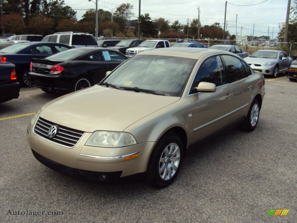 2002 volkswagen passat gls sedan in mojave beige metallic 291989 auto j ger german cars. Black Bedroom Furniture Sets. Home Design Ideas