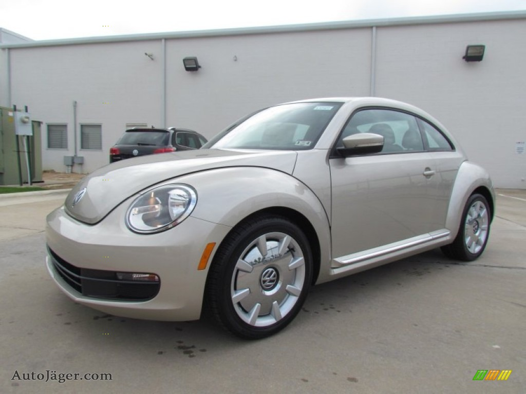 2012 Volkswagen Beetle 2.5L in Moonrock Silver Metallic - 629481 | Auto Jäger - German Cars for ...