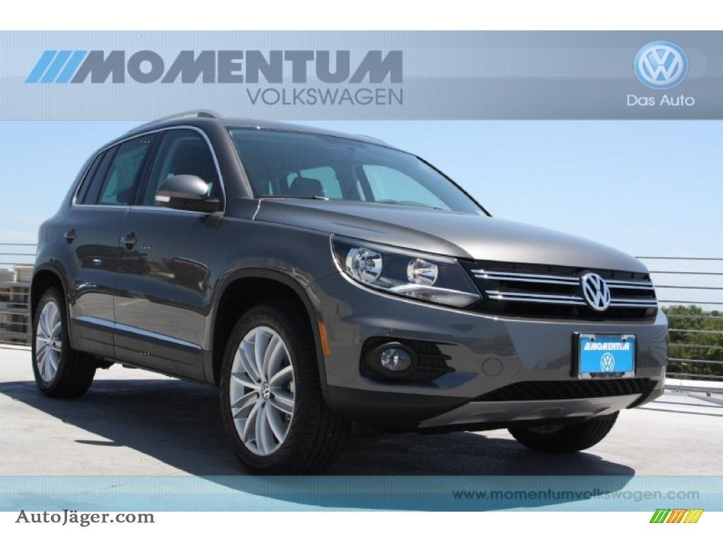 2012 Volkswagen Tiguan Se In Pepper Gray Metallic Photo 3