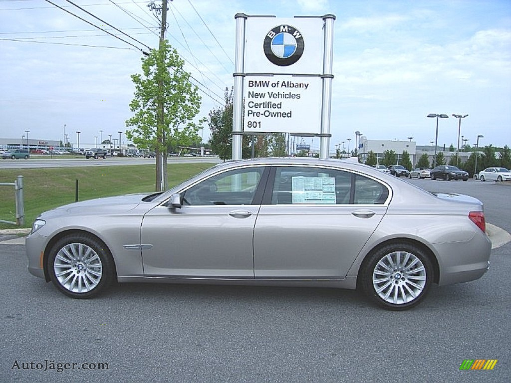 Cashmere Silver Metallic Oyster Black BMW 7 Series 750Li Sedan
