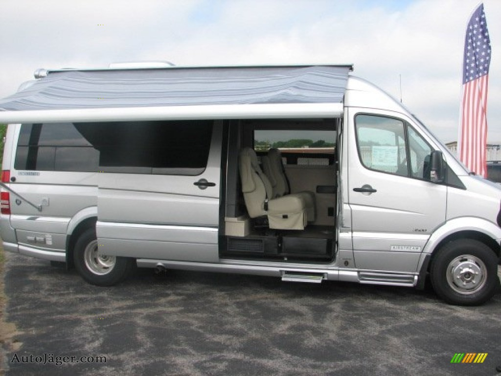 2011 mercedes benz sprinter 3500 high roof camper for Mercedes benz 3500 sprinter