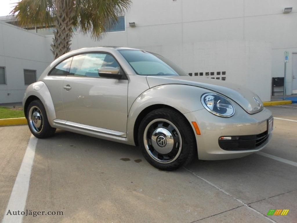 2012 Volkswagen Beetle 2.5L in Moonrock Silver Metallic - 652335 | Auto Jäger - German Cars for ...