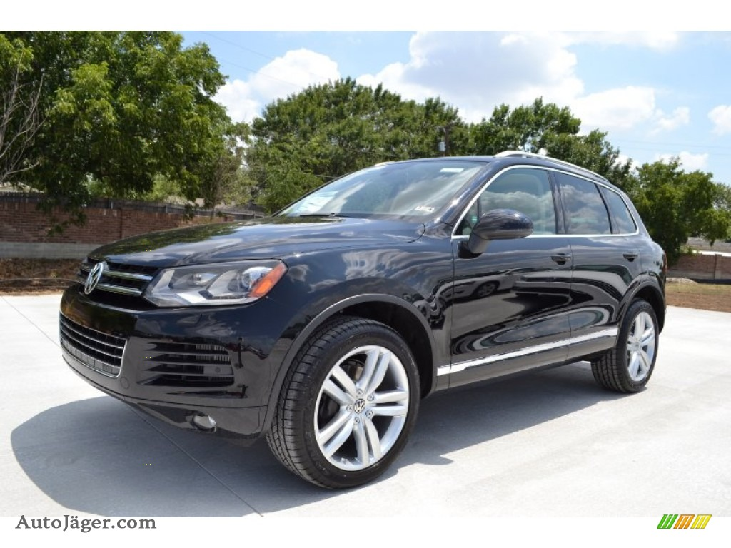 2012 volkswagen touareg tdi executive 4xmotion in black. Black Bedroom Furniture Sets. Home Design Ideas