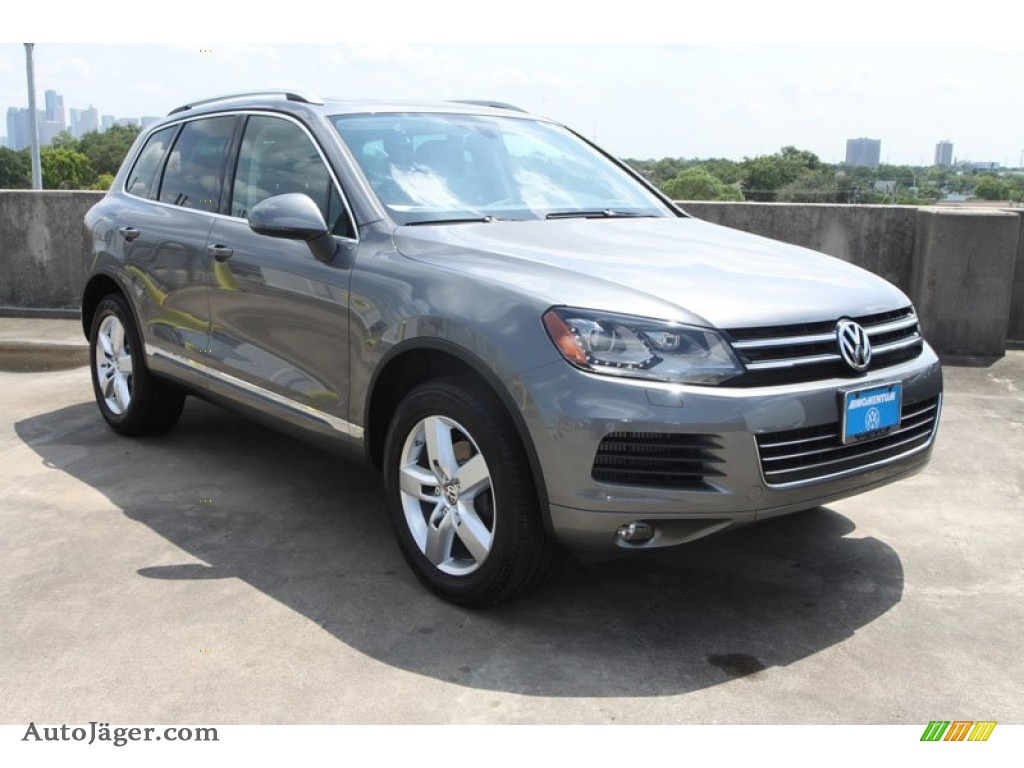2013 Volkswagen Touareg Tdi Lux 4xmotion In Canyon Gray