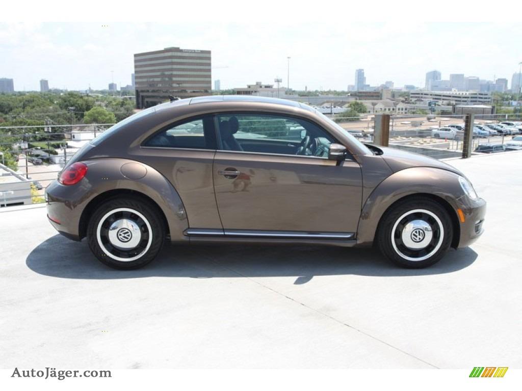 2013 Volkswagen Beetle 2 5l In Toffee Brown Metallic Photo