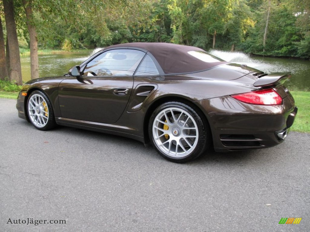 2011 porsche 911 turbo s cabriolet in macadamia metallic photo 4 773213 auto j ger german. Black Bedroom Furniture Sets. Home Design Ideas